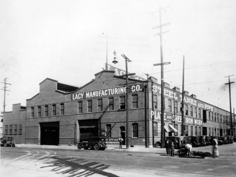 The Lacy Manufacturing Company in Los Angeles constructed the water tank for Boulder City in 1931. The company incorporated in 1898. (Photograph of Lacy Manufacturing Company circa 1920, Los Angeles Public Library)
