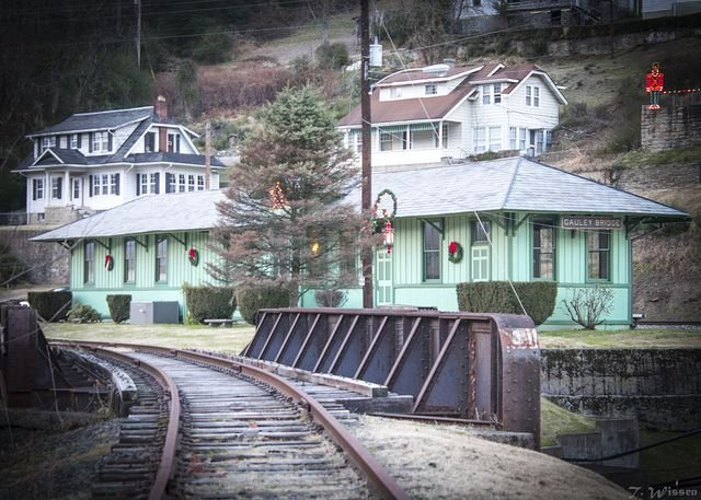 Modern Gauley Bridge Railroad Station building, which now functions as the Gauley Bridge Town Hall