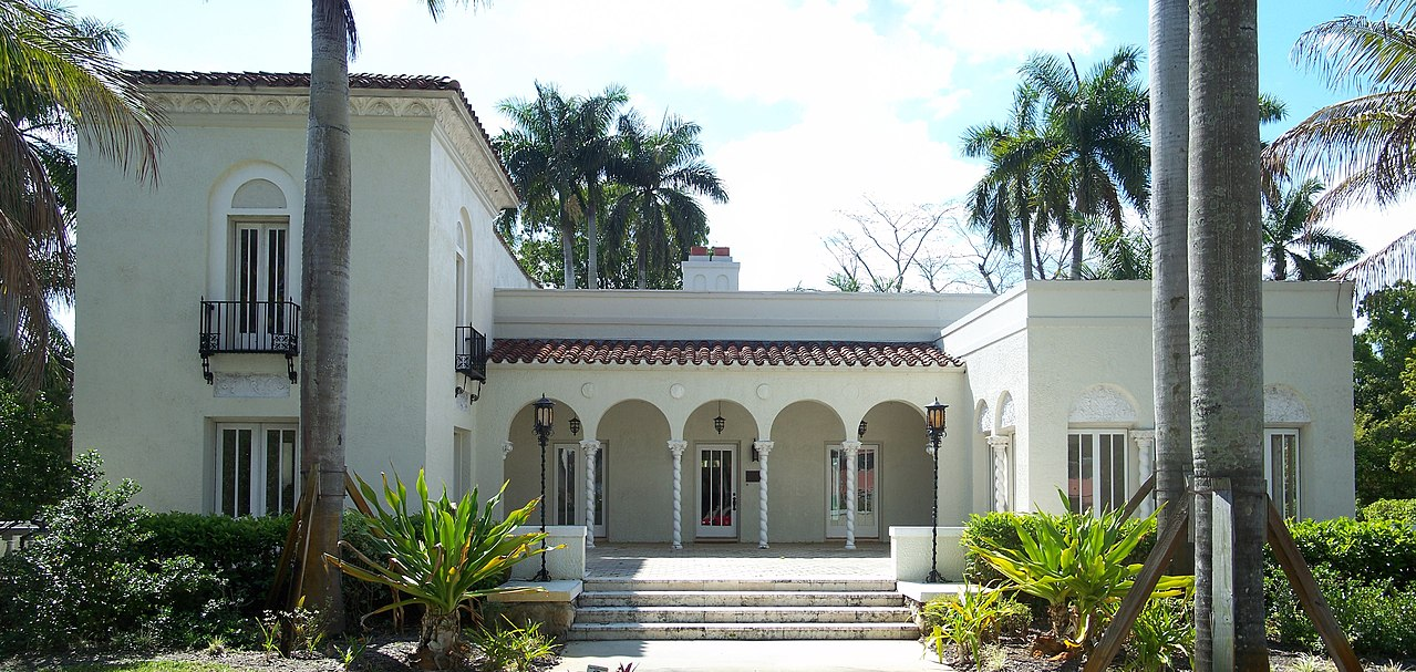 The Alderman House was built around 1825 and is fine example of Mediterranean Revival architecture.