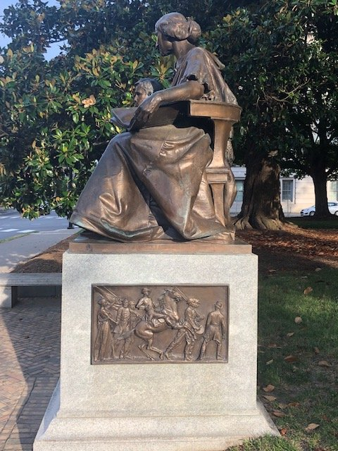 Side view on the North Carolina Women of the Confederacy Monument