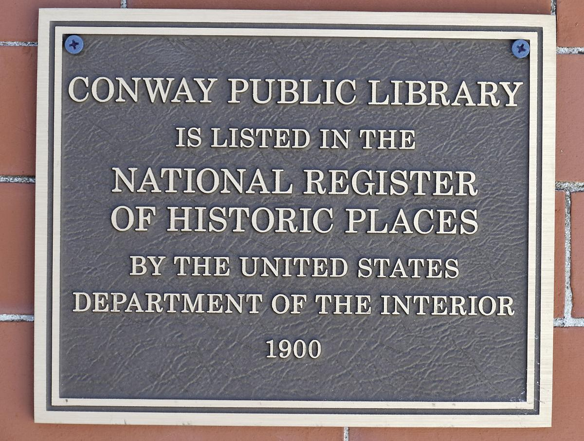 National Register plaque on outside of the building