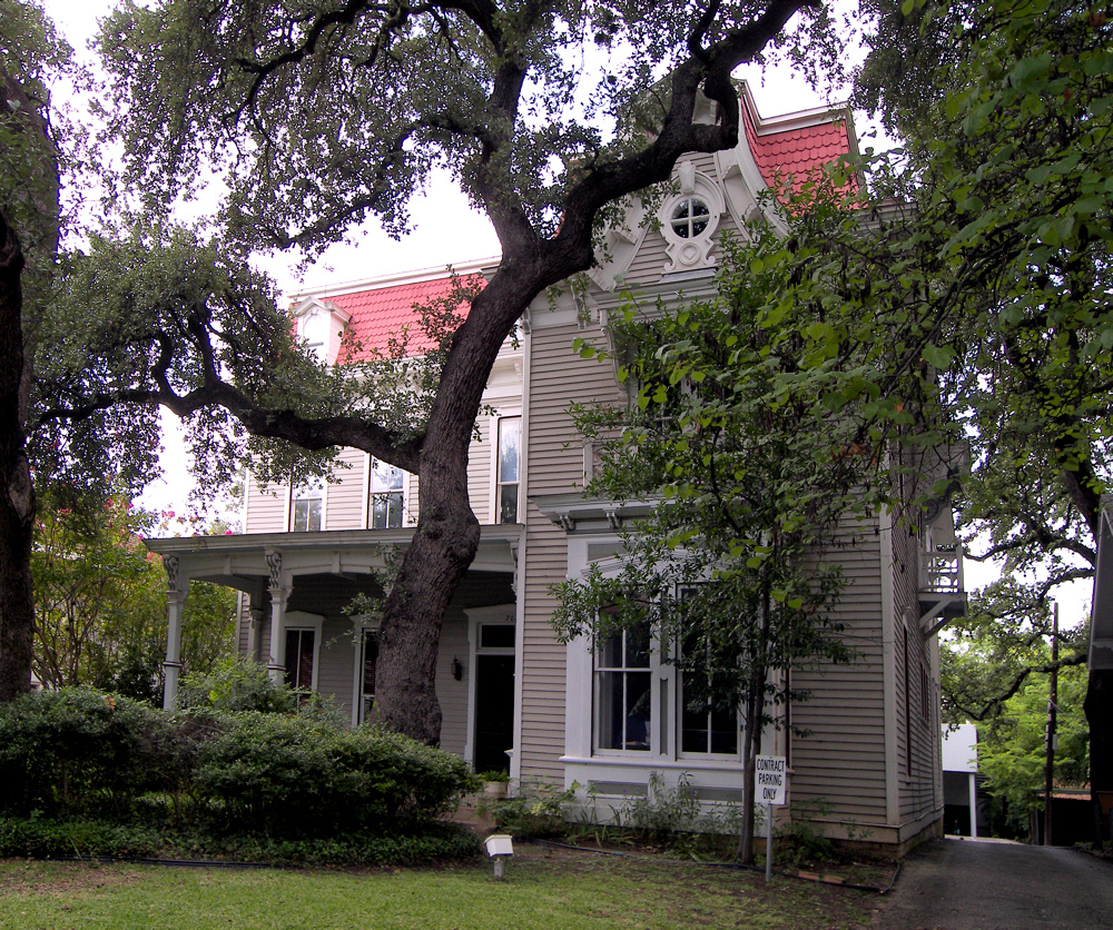The Robinson-Macken House in Austin, Texas (2007 photo).
