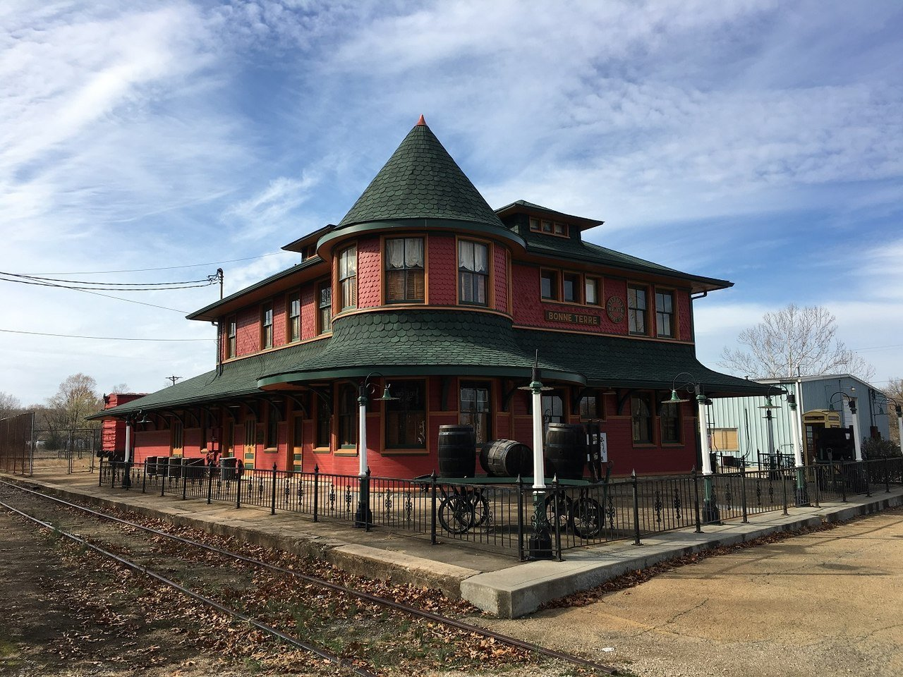 The Bonne Terre Depot is a historic train station built in 1909. It is now a bed and breakfast hotel.
