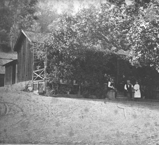 Jacob Schram begins planting vines on Diamond Mountain for his winery, c. 1862