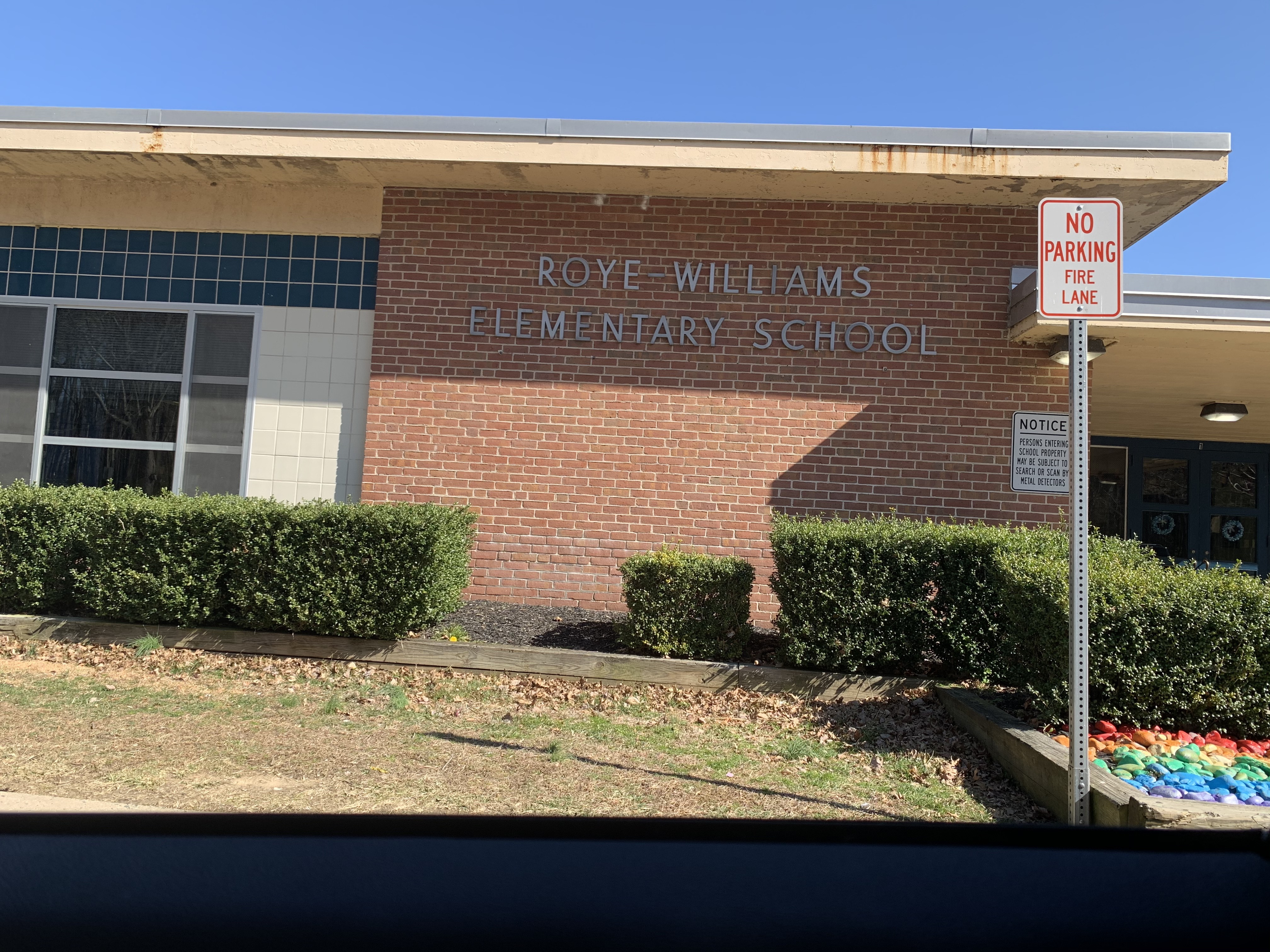 Sign of Roye-Williams Elementary School