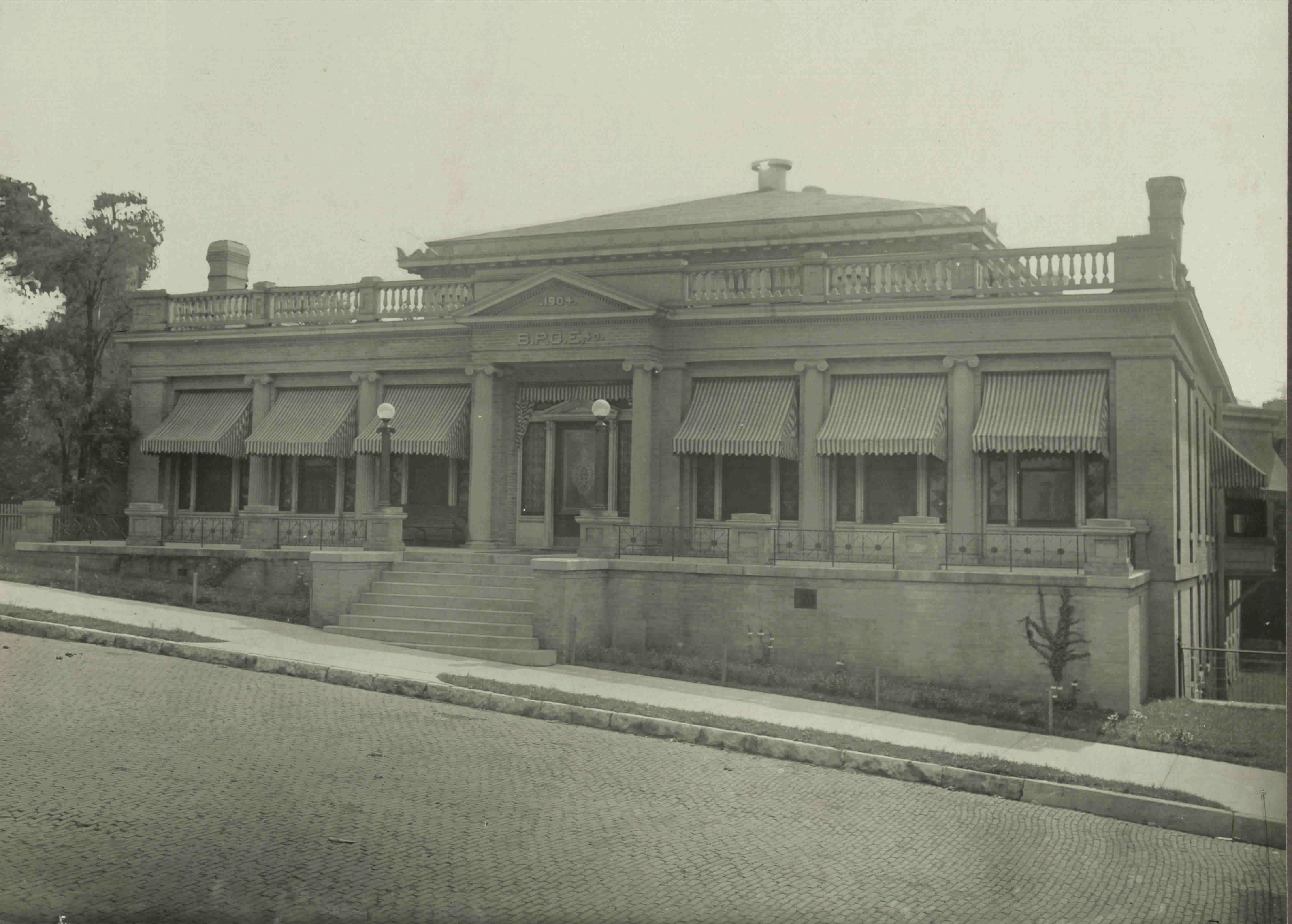 Elks Lodge, 209 North Fifth, 1904.