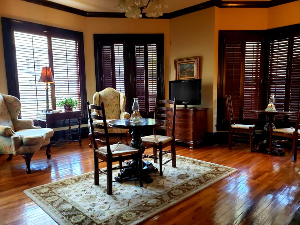 The bed and breakfast's sitting room