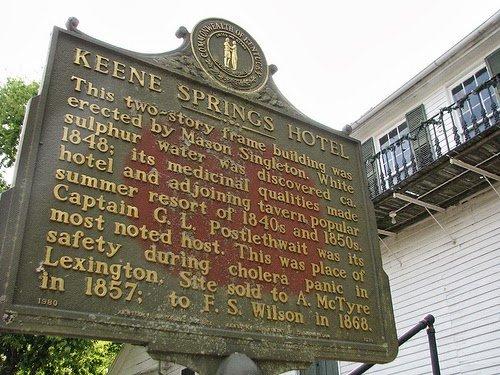 Landmark sign outside Keene Springs Hotel