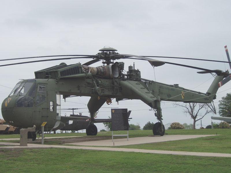 CH54 Tarhe Helicopter (Sky Crane)
