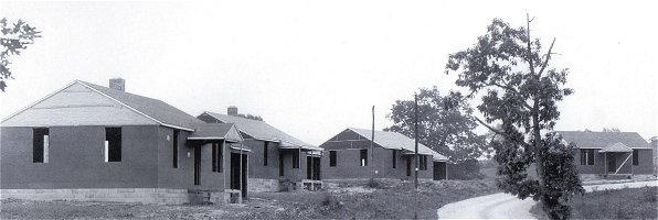Homes being constructed by Stonega Coal and Coke Company in Keeokee, 1946