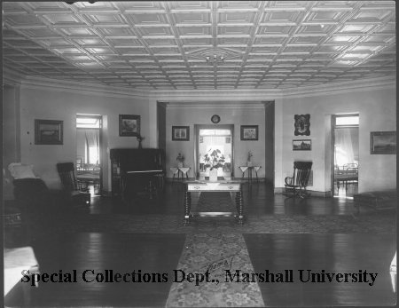 Interior view of Ward A, 1916