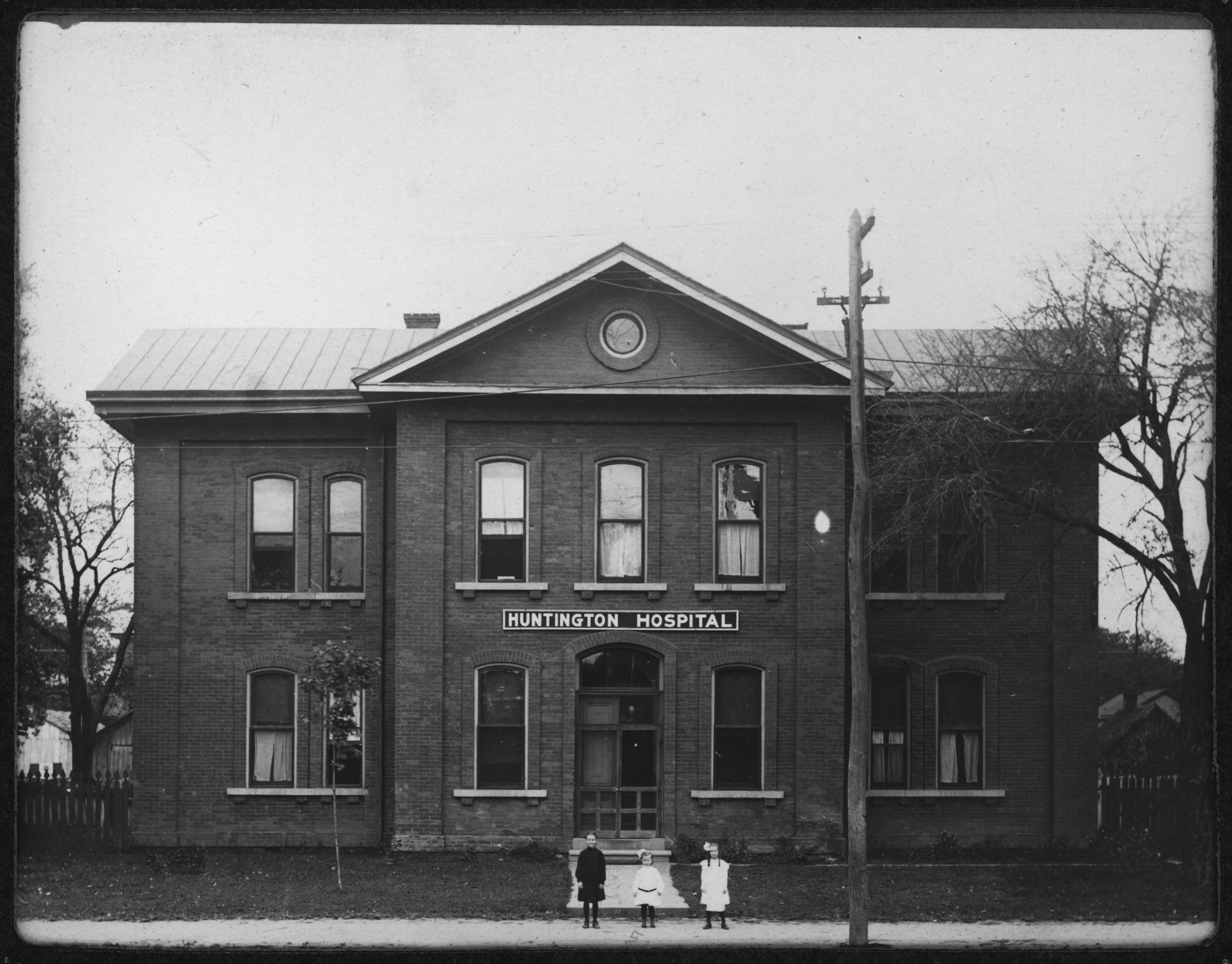 Huntington General Hospital, seen here in 1906, was the first official hospital in the city. Image courtesy of Marshall University Special Collections.