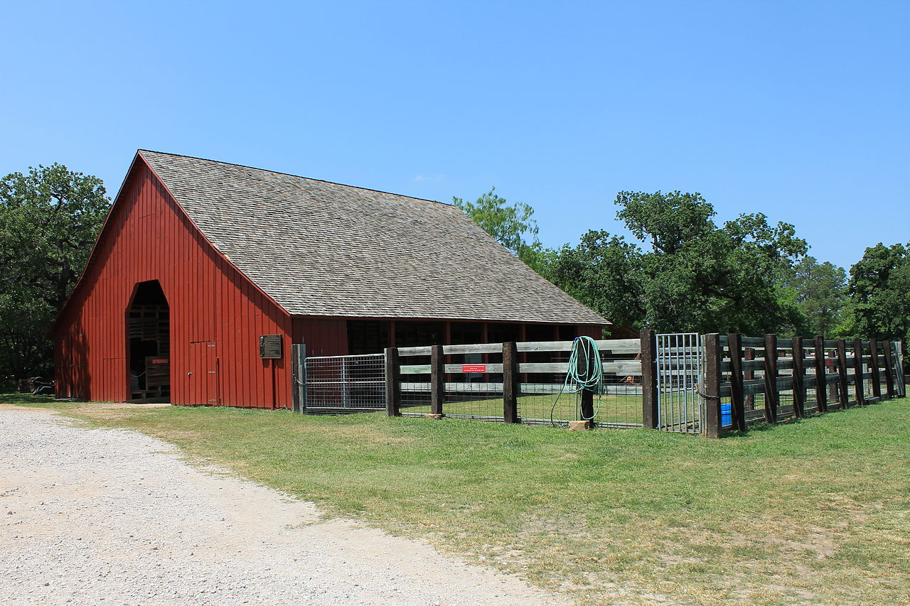 The barn was erected in 1905.