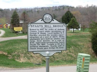 Historical marker at the bridge's original location