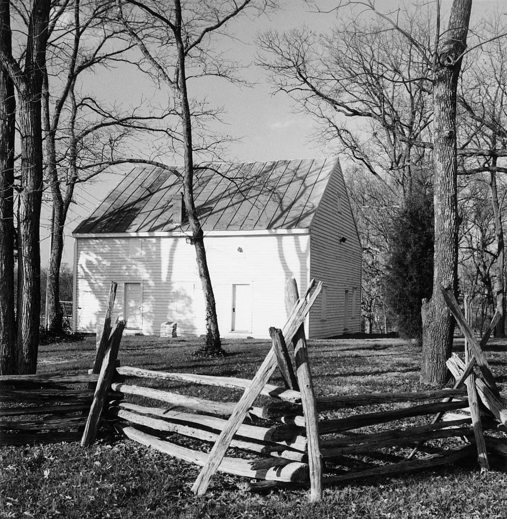 Frying Pan Meetinghouse, courtesy of Virginia Department of HIstoric Resources (reproduced under Fair Use).