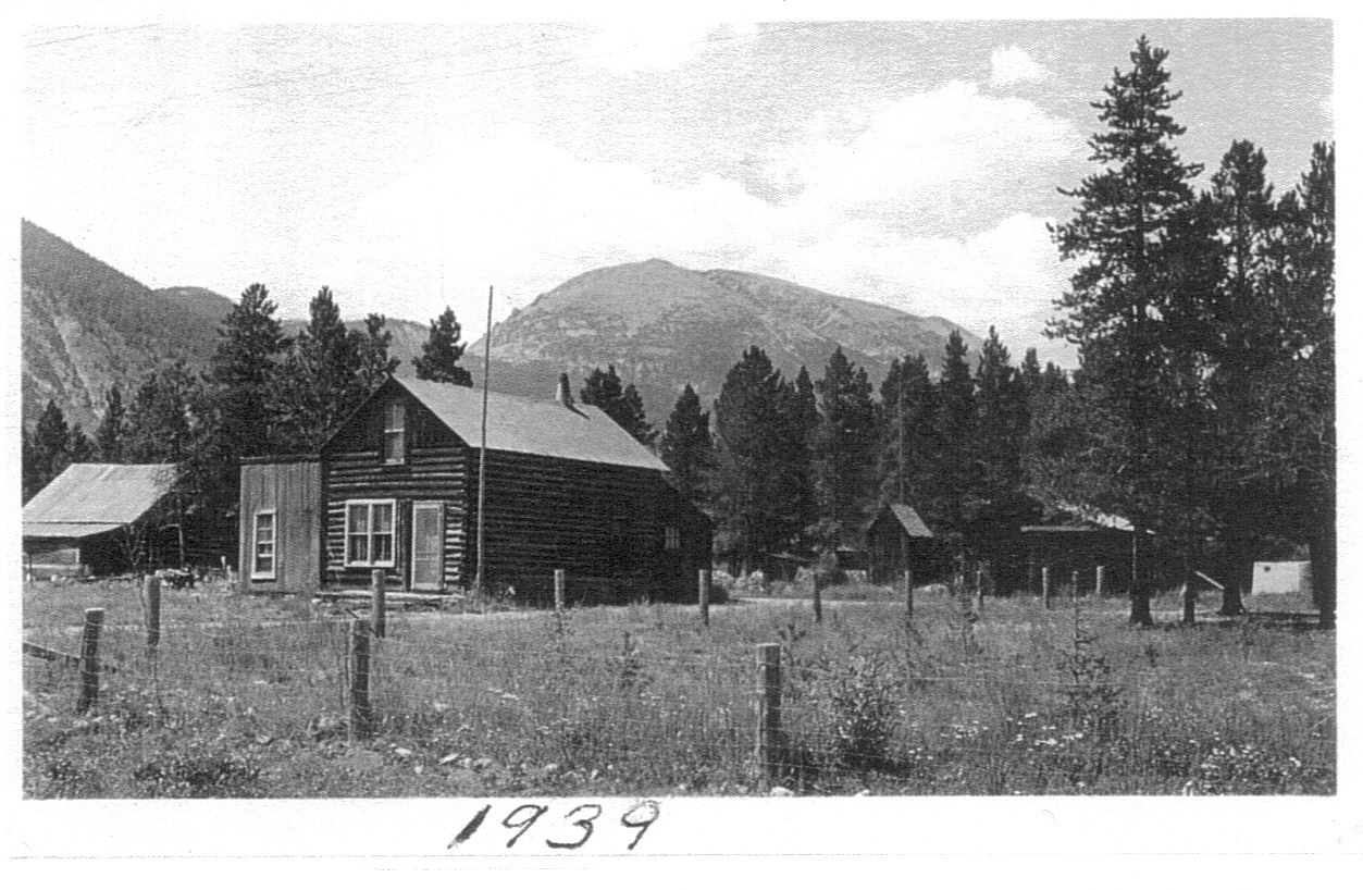 The two story Frank & Annie Ruth House in its original location in Frisco, Colorado. In this picture you can see the far corner of a single-story wood addition. These additions were common for kitchens or bedrooms as families grew or to make room for modern amenities. In the background sits Buffalo Mountain.