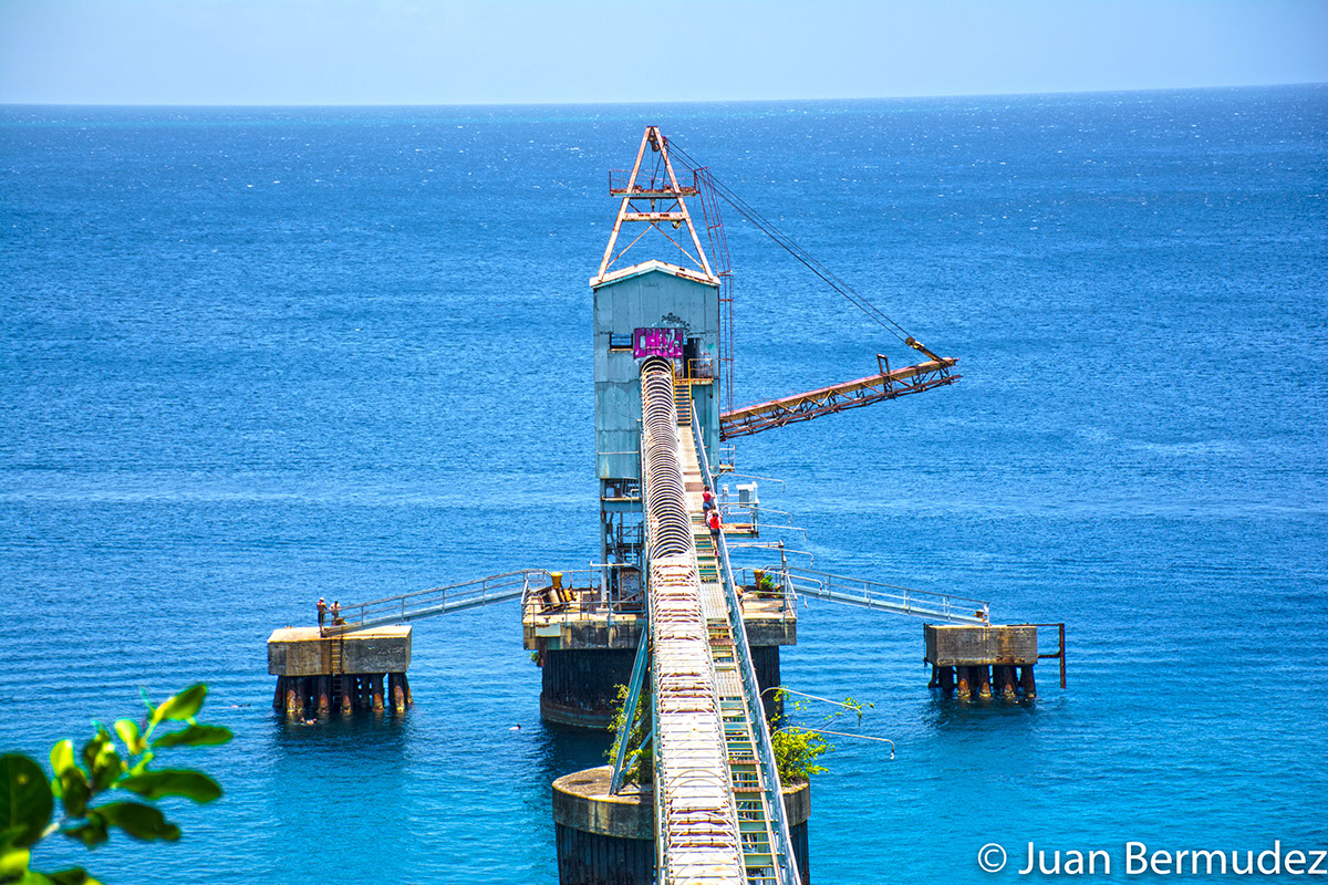 Sugar Pier in Aguadilla was built in 1955 in order to acquire black sugar from the centers of the area for export to the United States.
