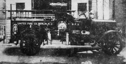 Berlin's first motorized fire truck.
