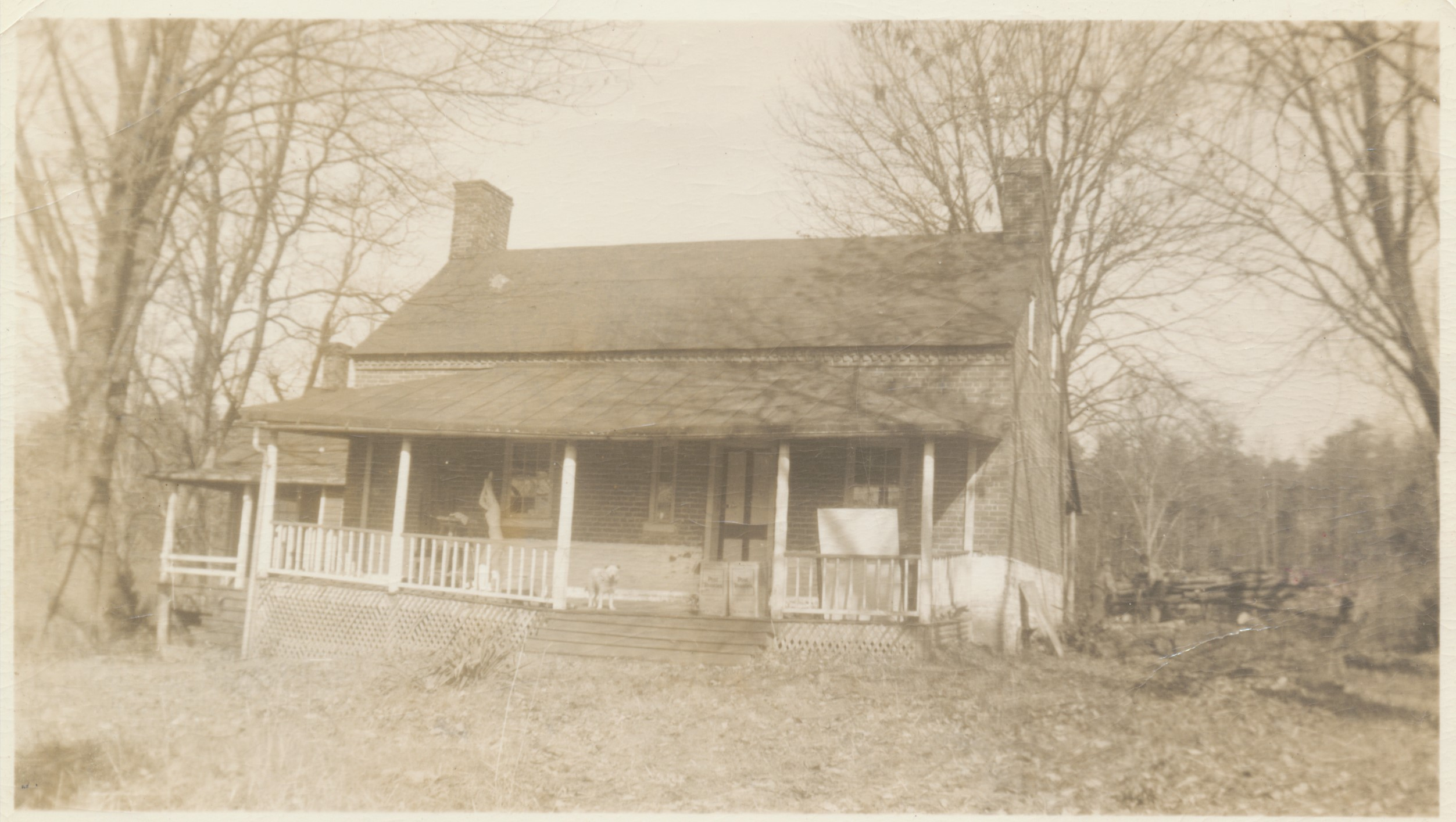 The house and external kitchen in fall 1940