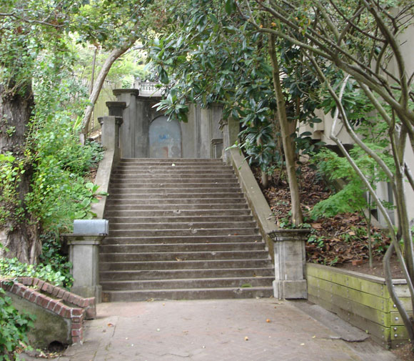 Beginning of Orchard Lane, the pedestrian entryway to Panoramic Hill in Berkeley