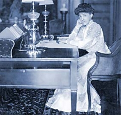 Edith Wharton at The Mount, 1905