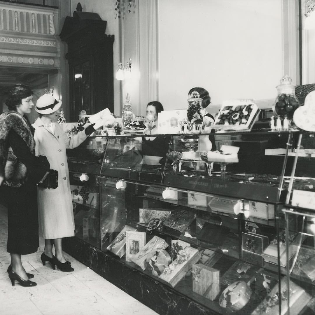 Reynolds Candy Shop in Wilmington, DE during the 1950s