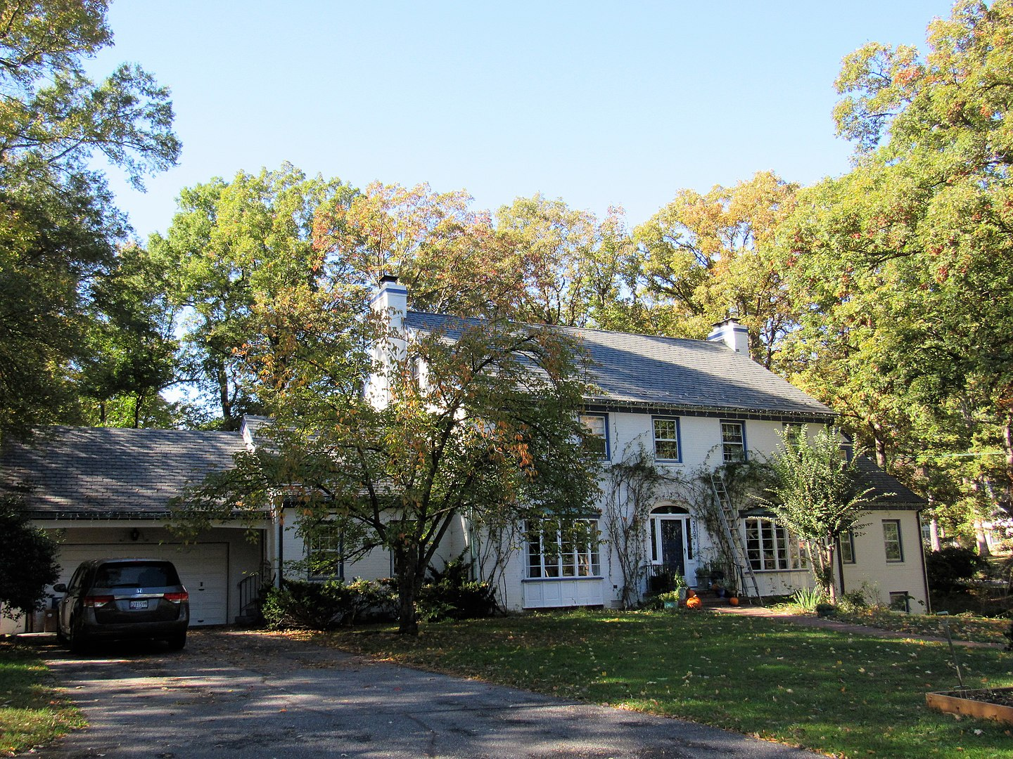 A home found within the historic College Heights Estates Historic District