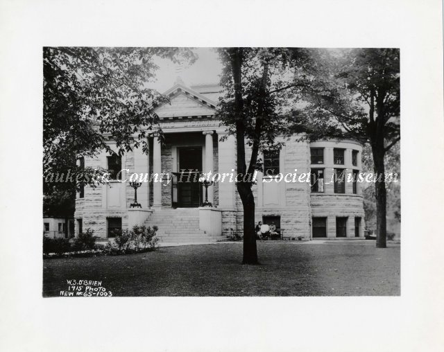 Waukesha Public Library, Cutler Park, Waukesha