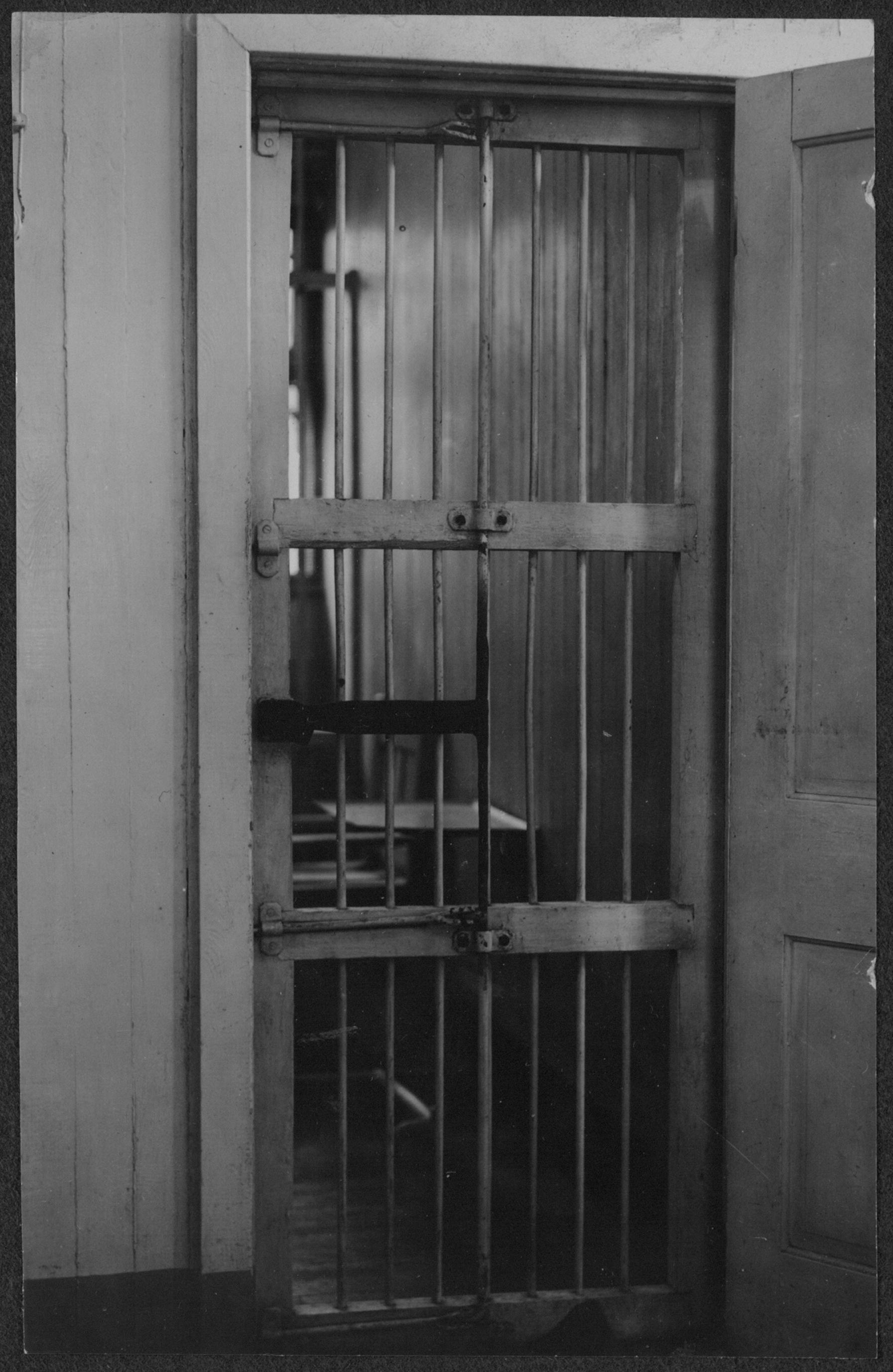 Cell at Occoquan Workhouse by Underwood & Underwood Photographers, ca. 1917 (Library of Congress, public domain)