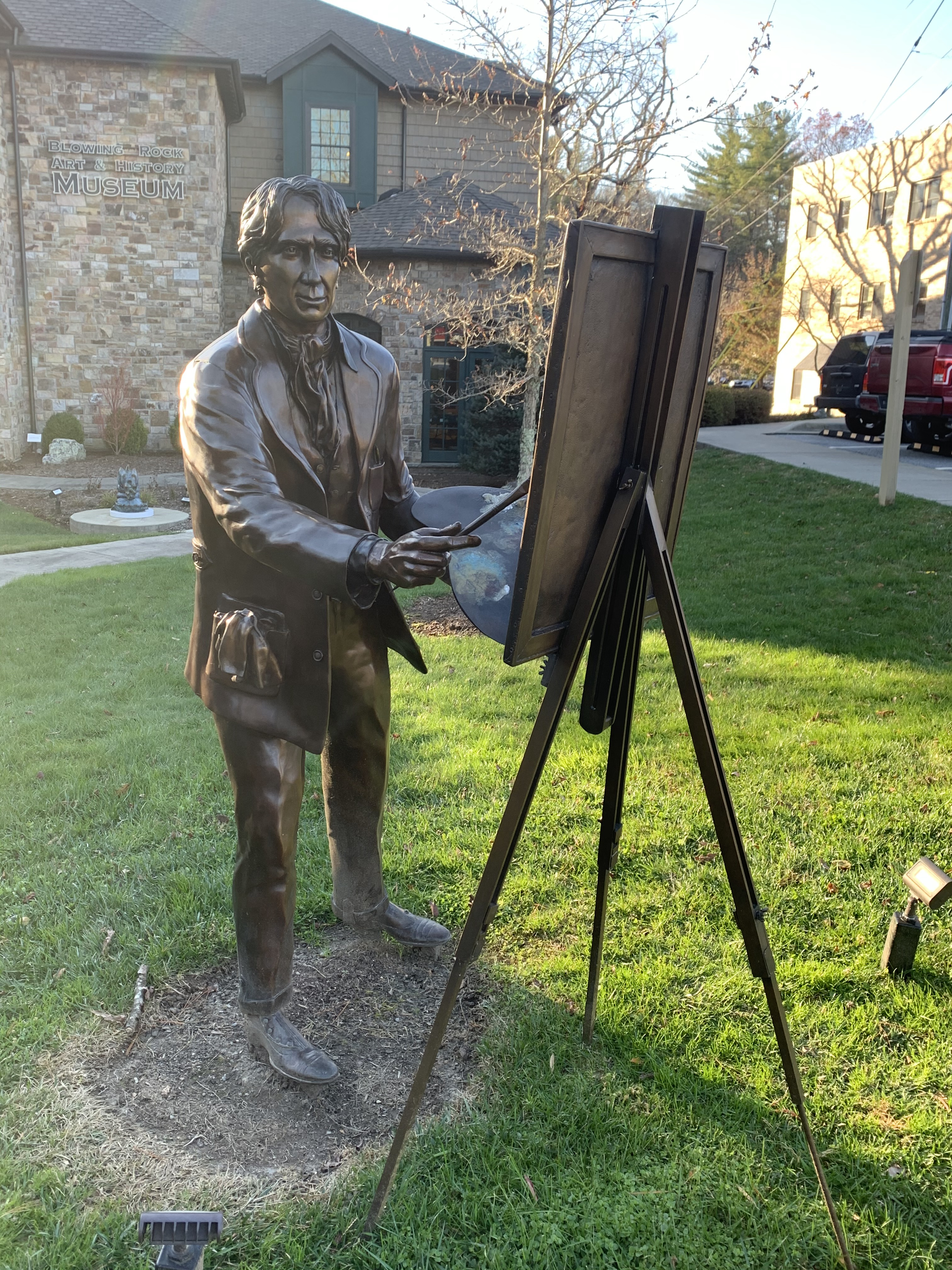"""""""Elliott Daingerfield en plein air"""", bronze sculpture by Brenda Mauney Councill."""