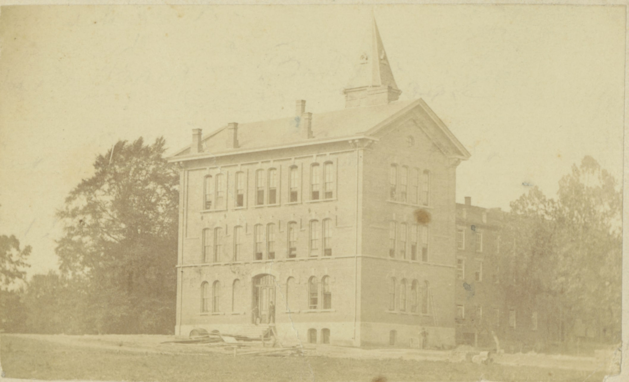Old Main circa 1870. This portion is the oldest-surviving section of the building, while the 1838 and 1856 sections were later demolished.