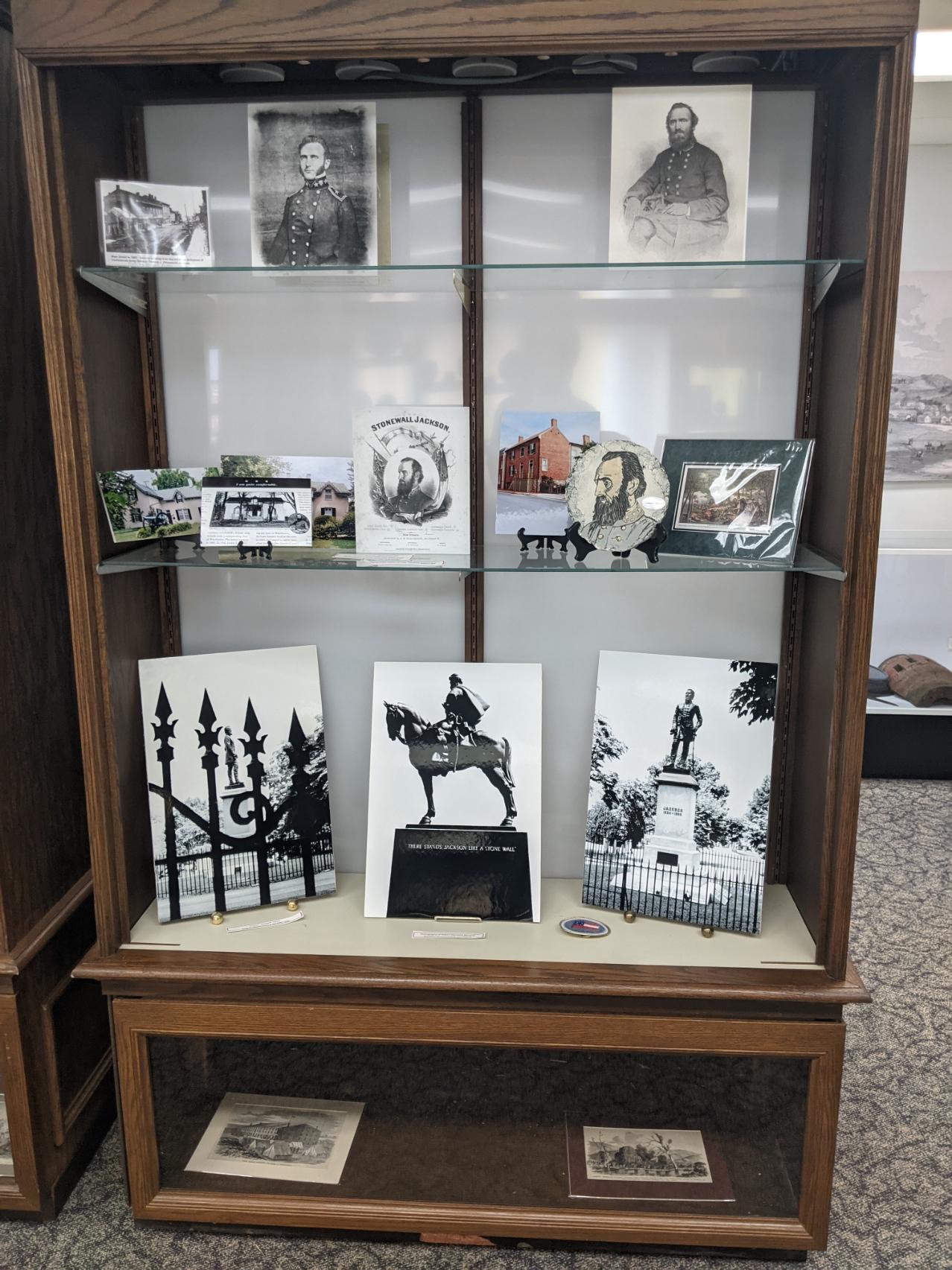 Shelf, Picture frame, Automotive design, Shelving