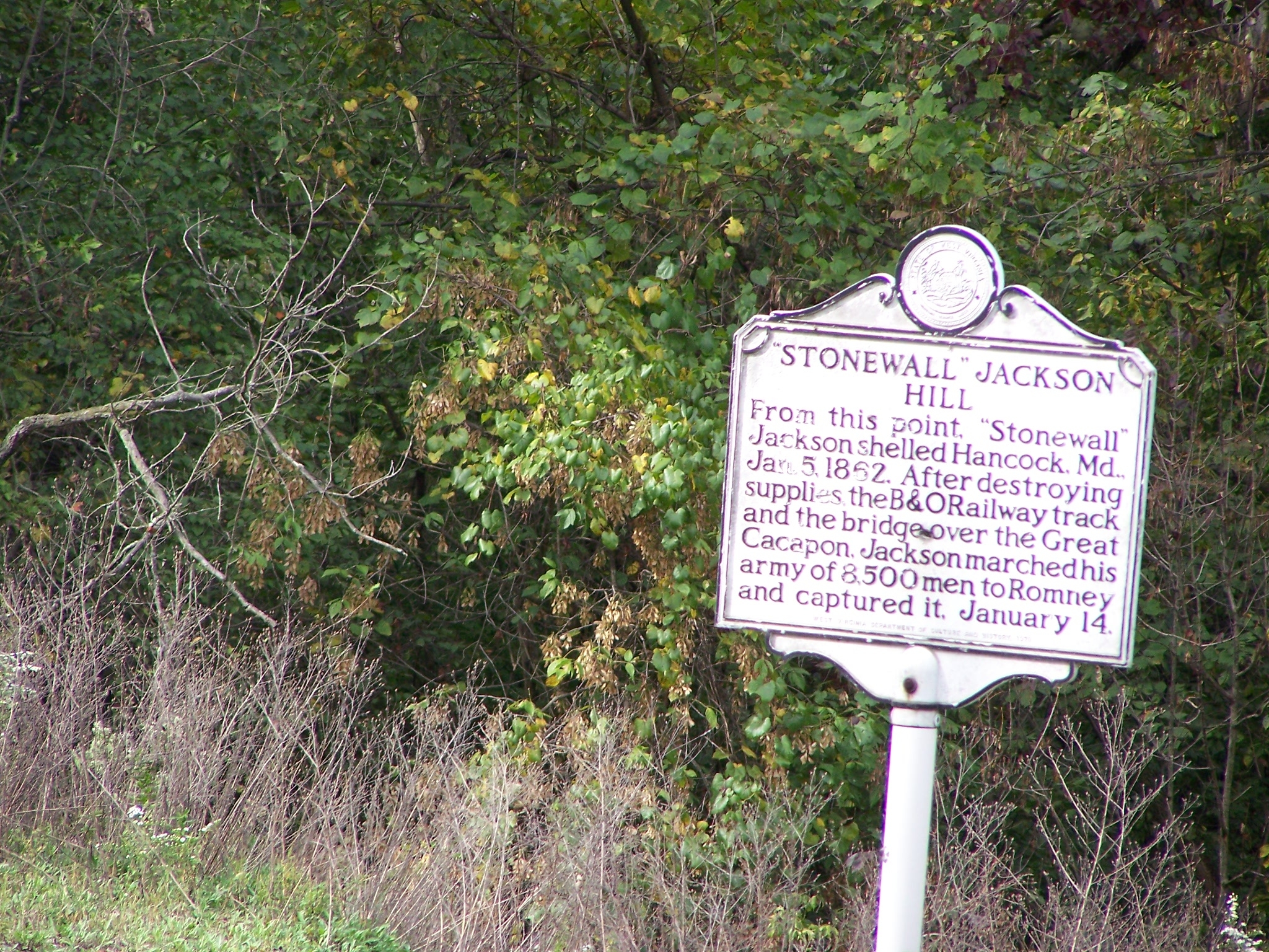 Historical marker for Stonewall Jackson Hill along US 522.