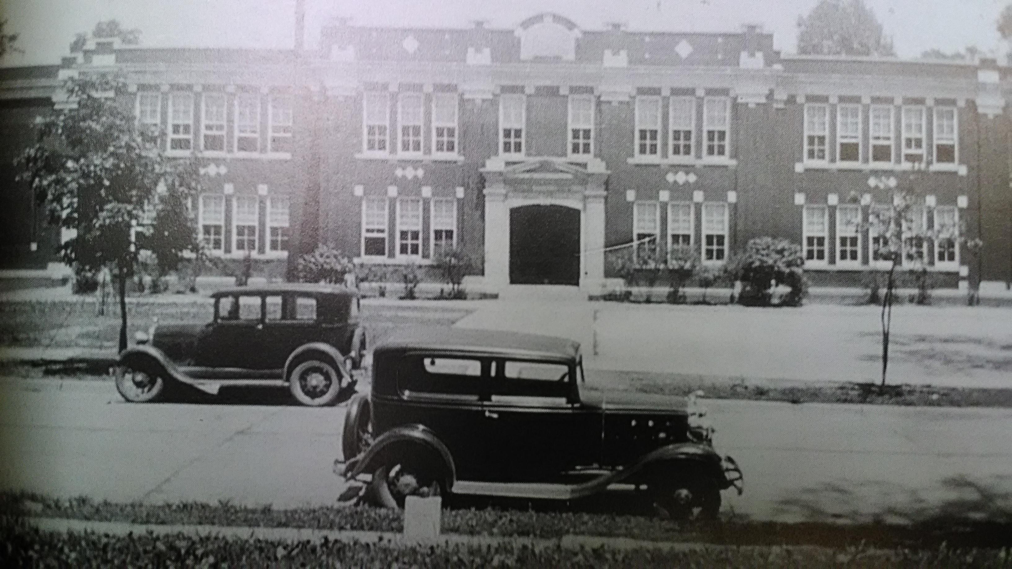 Hawthorne School on Central Avenue, c. 1922-23.