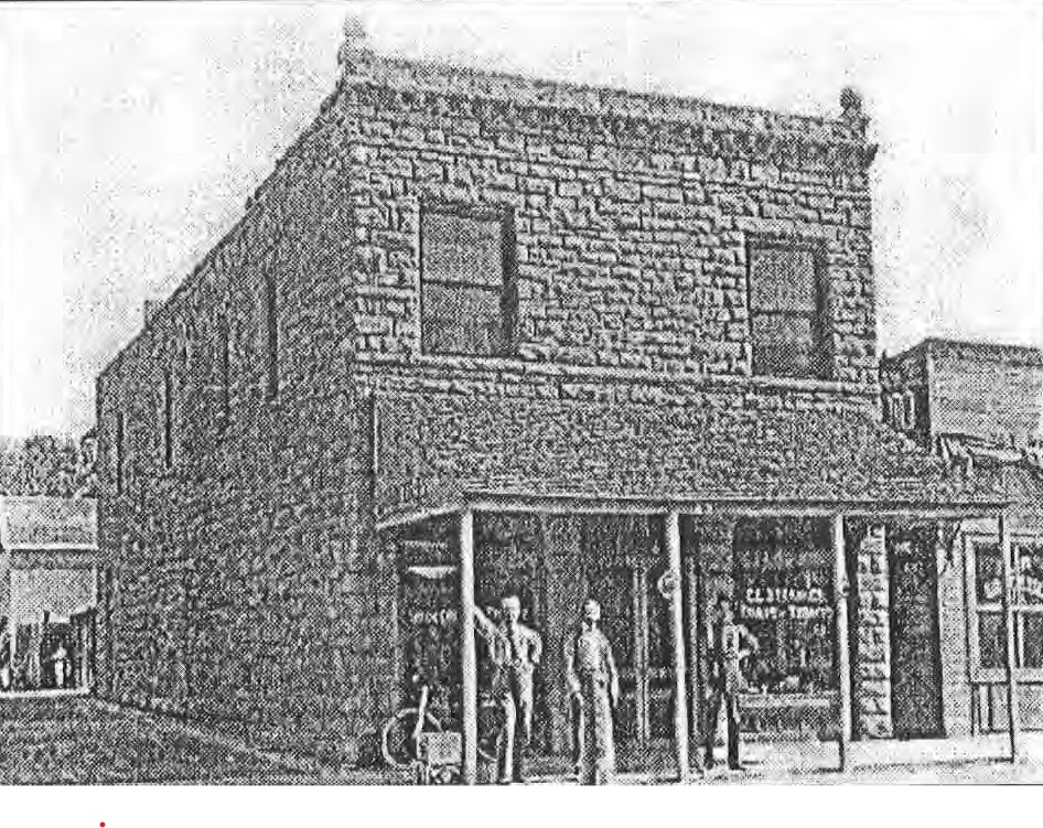 Historic photo of Stranges Grocery, date unknown, from NRHP nomination (Parris 2012)