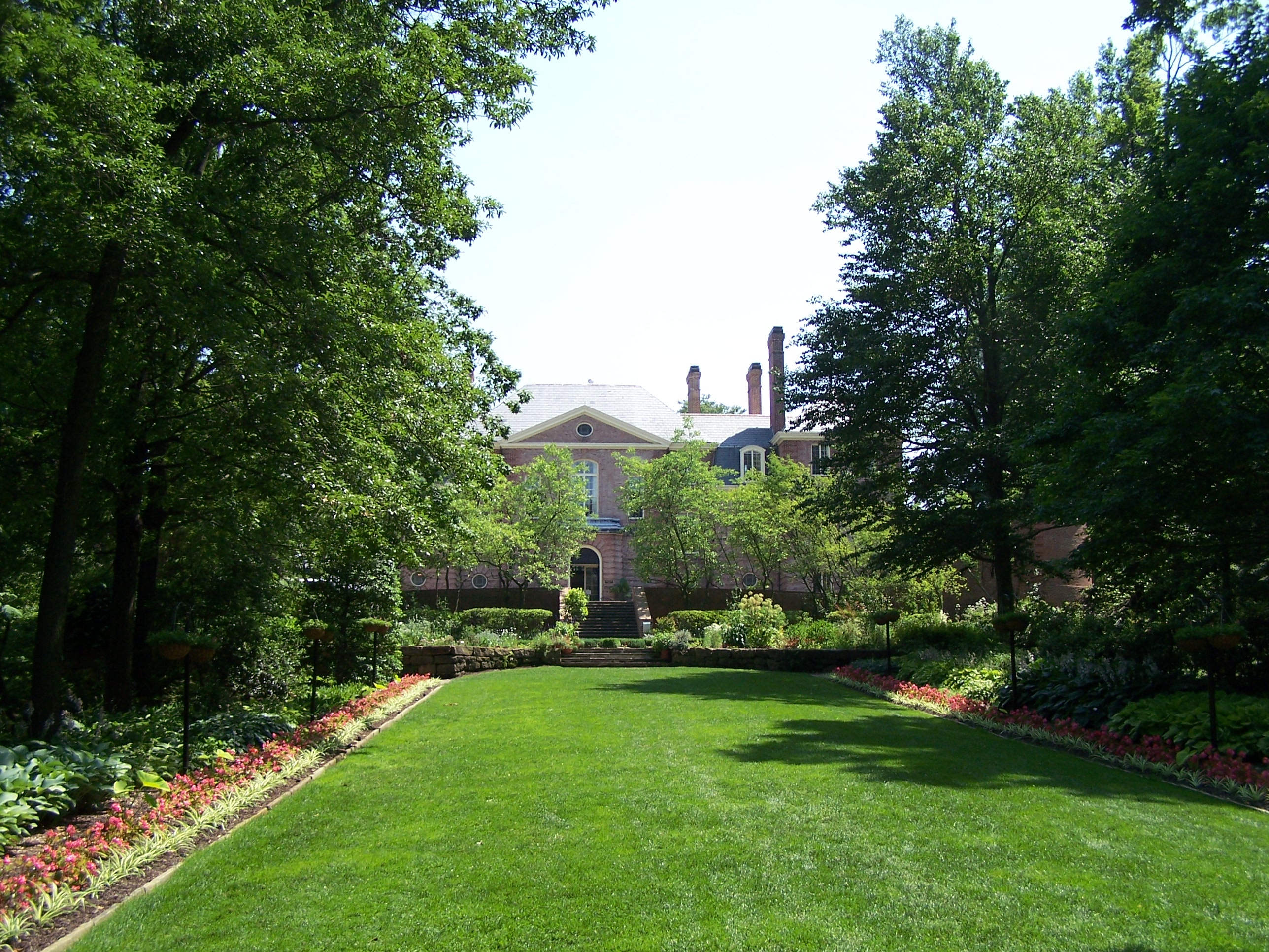 Kingwood Hall and Gardens