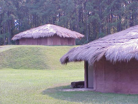 The huts at Town Creek Indian Mound