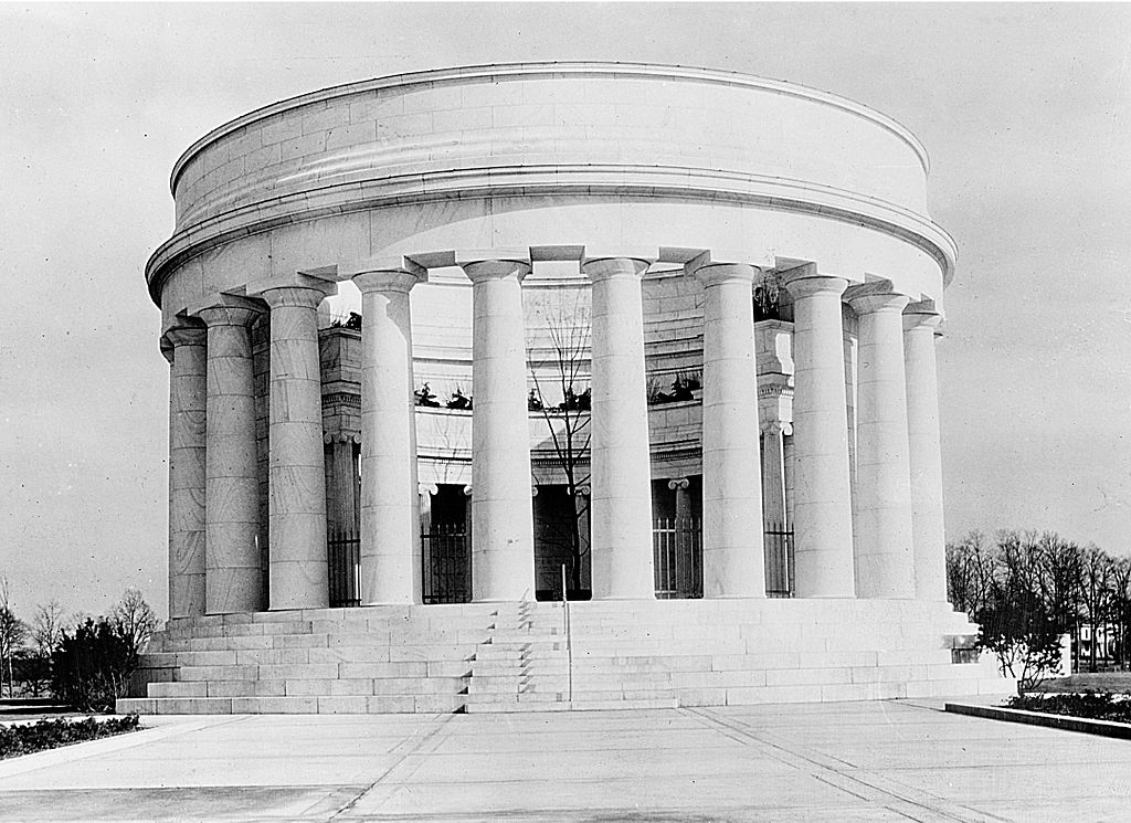 Harding Memorial after the completion of construction in 1927