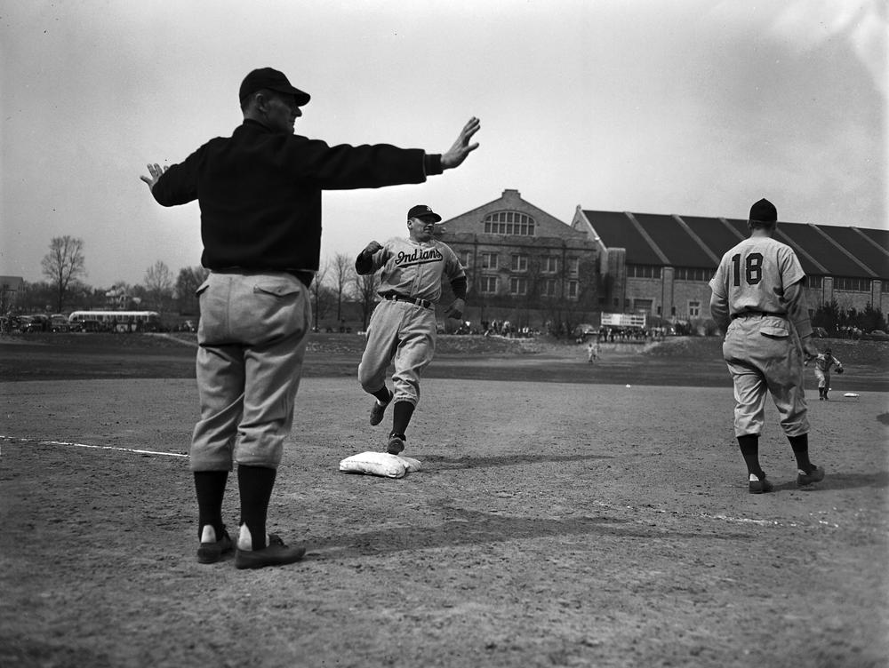 Baseball during the WW2 era, many players had to hault their careers like ones today with the global pandemic for the greater good of their country.