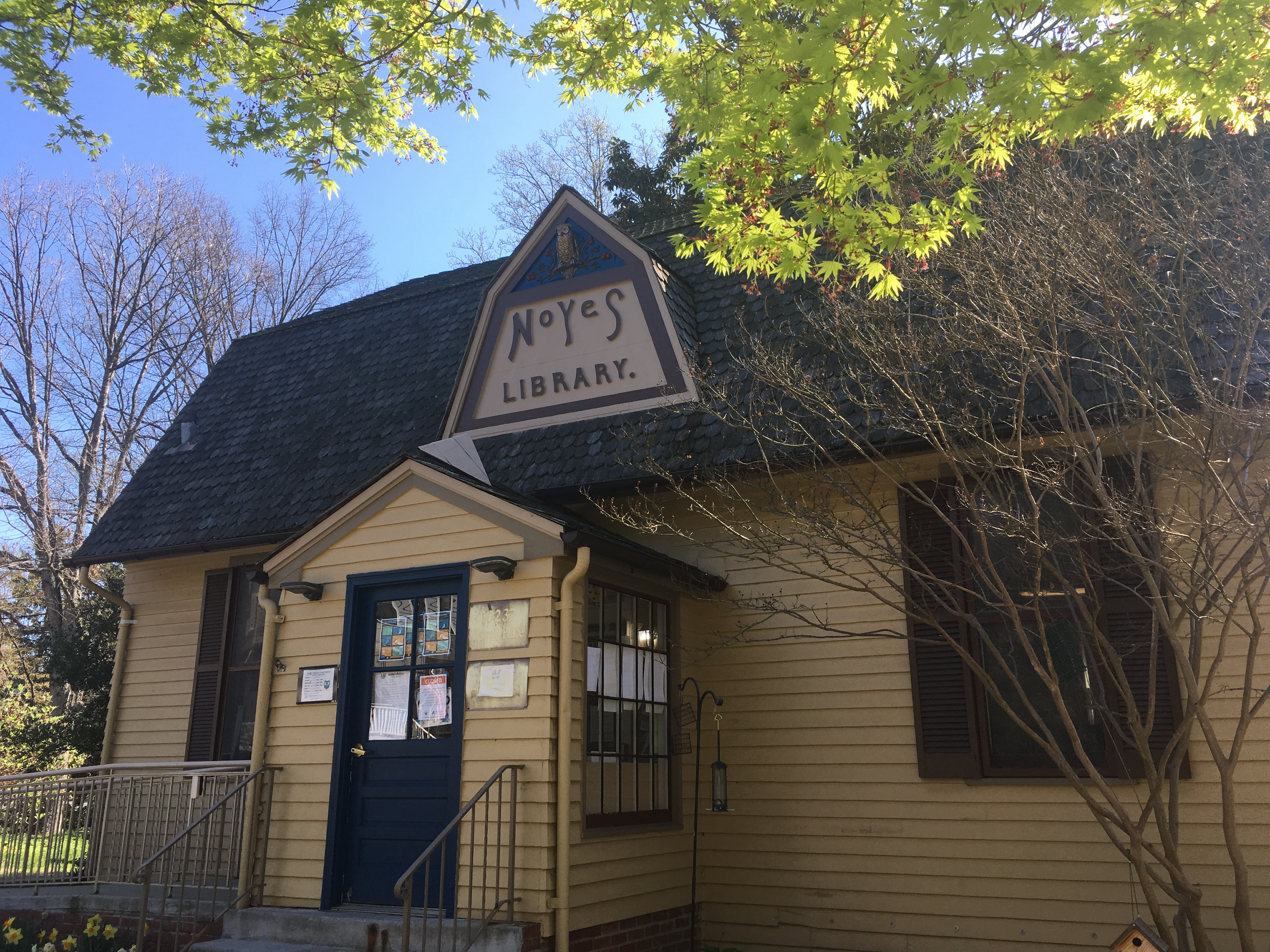 Noyes now serves as a dedicated children's library.