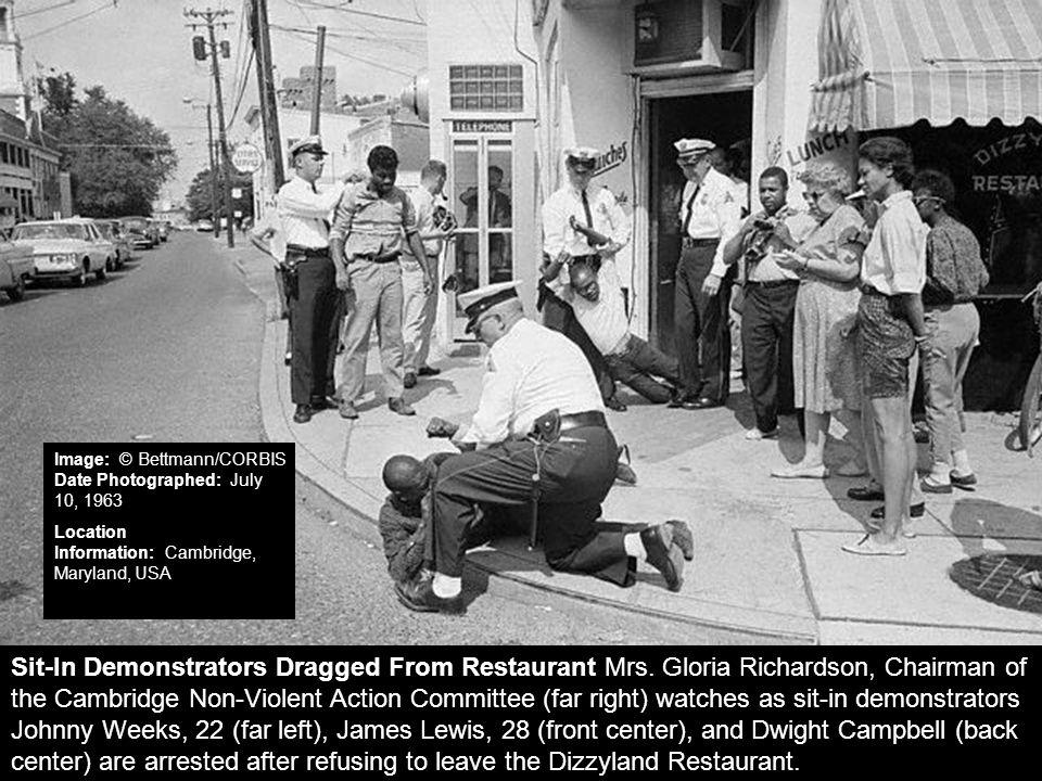 Outside of the Dizzyland Restaurant: July 10, 1963
