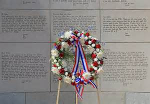 A wreath in front of the Ohio Veterans Plaza