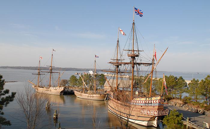 Jamestown Settlement Ship replicas, courtesy of Jamestown Settlement & American Revolution Museum at Yorktown (reproduced under Fair Use)