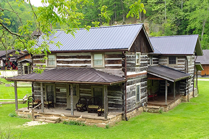 The Applebutter Inn was built using materials recycled from eight separate structures in the Tri-State Area.