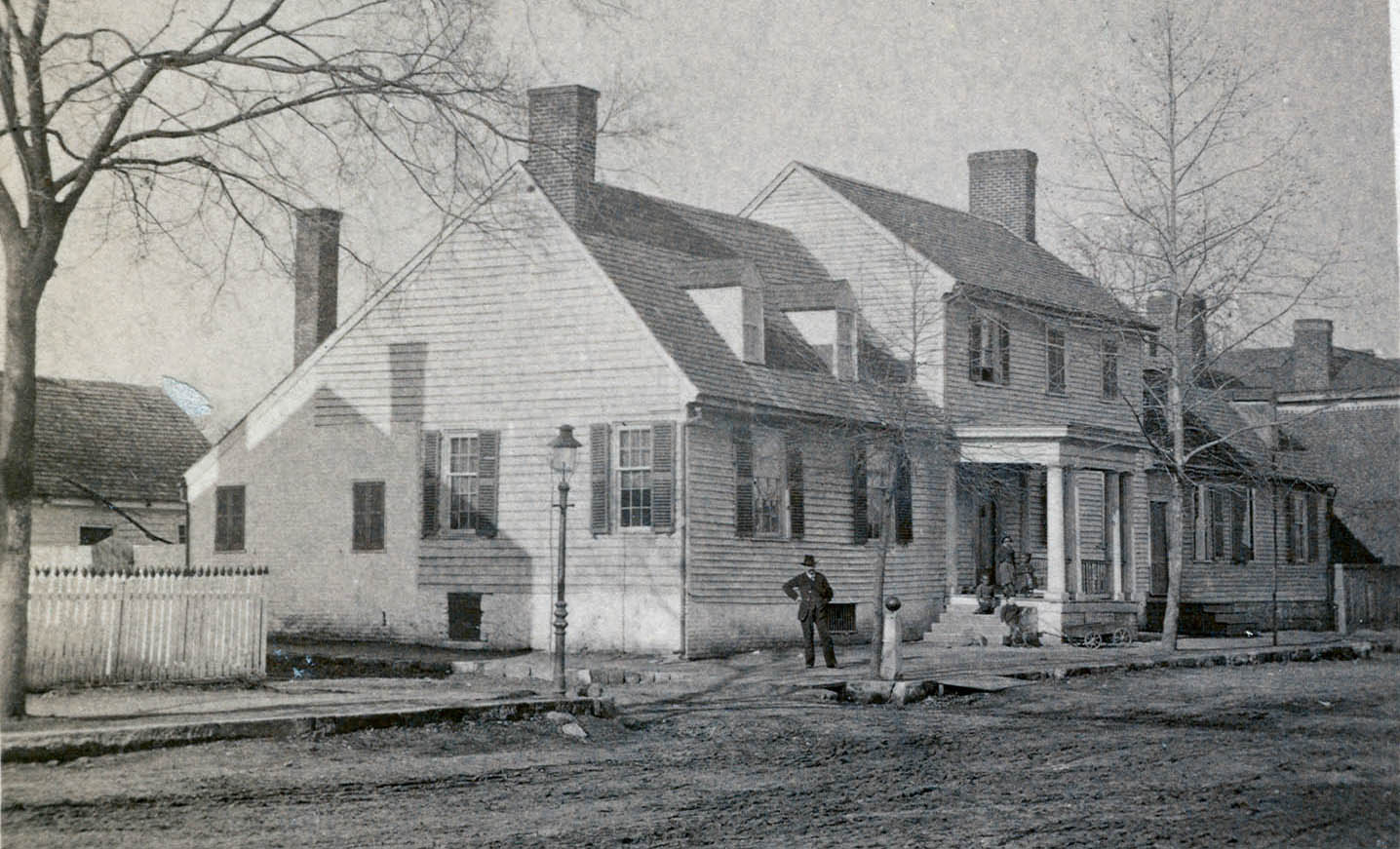 Early 20th Century photo of the Mary Washington Home