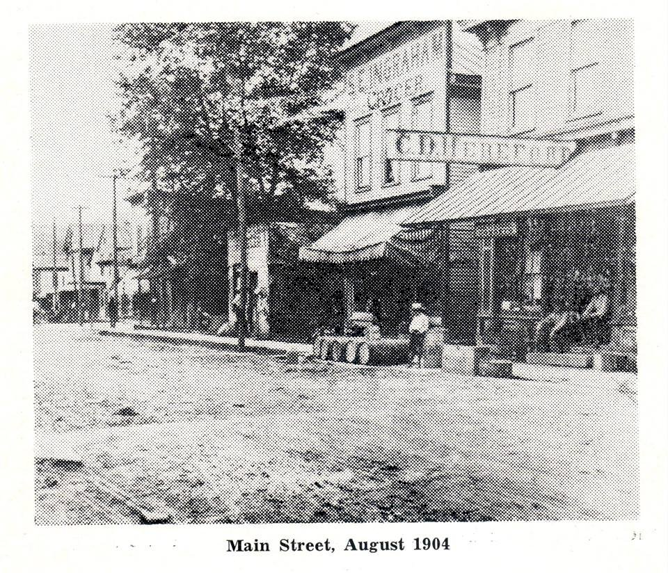 Main Street - 1904. 2 years before a fire destroyed all of Main St.