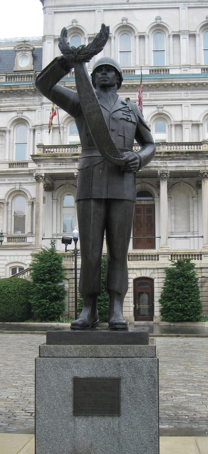 Photo of Black Soldier Statue in current location
