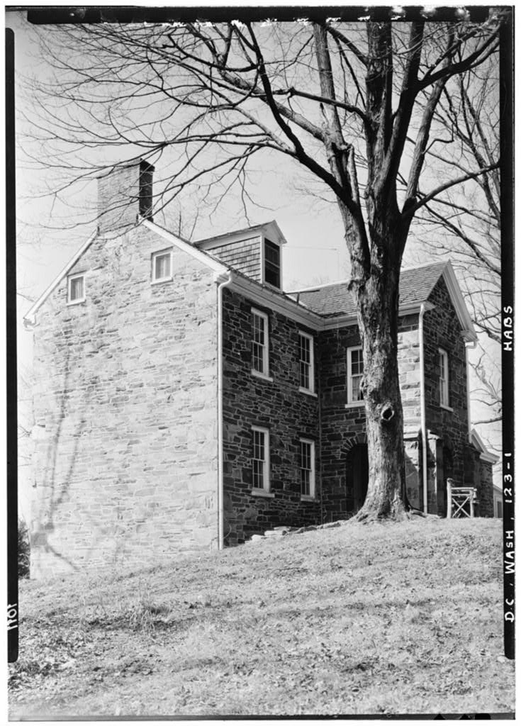 Klingle Mansion (ca. 1934) by Albert S. Burns, Historic American Buildings Survey (public domain, courtesy of Library of Congress)