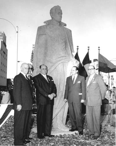Dedication ceremony. From left to right-Adolfo E. Hegewisch, Chair of the Bolivar Monument Committee, Dr. Cesar Gonzalez, Venezuelan ambassador; Dr. Pedro Gutierrez-Alfaro, Venezuelan Minister of Health, Francisco Pacanin, Consul General of Venezuela