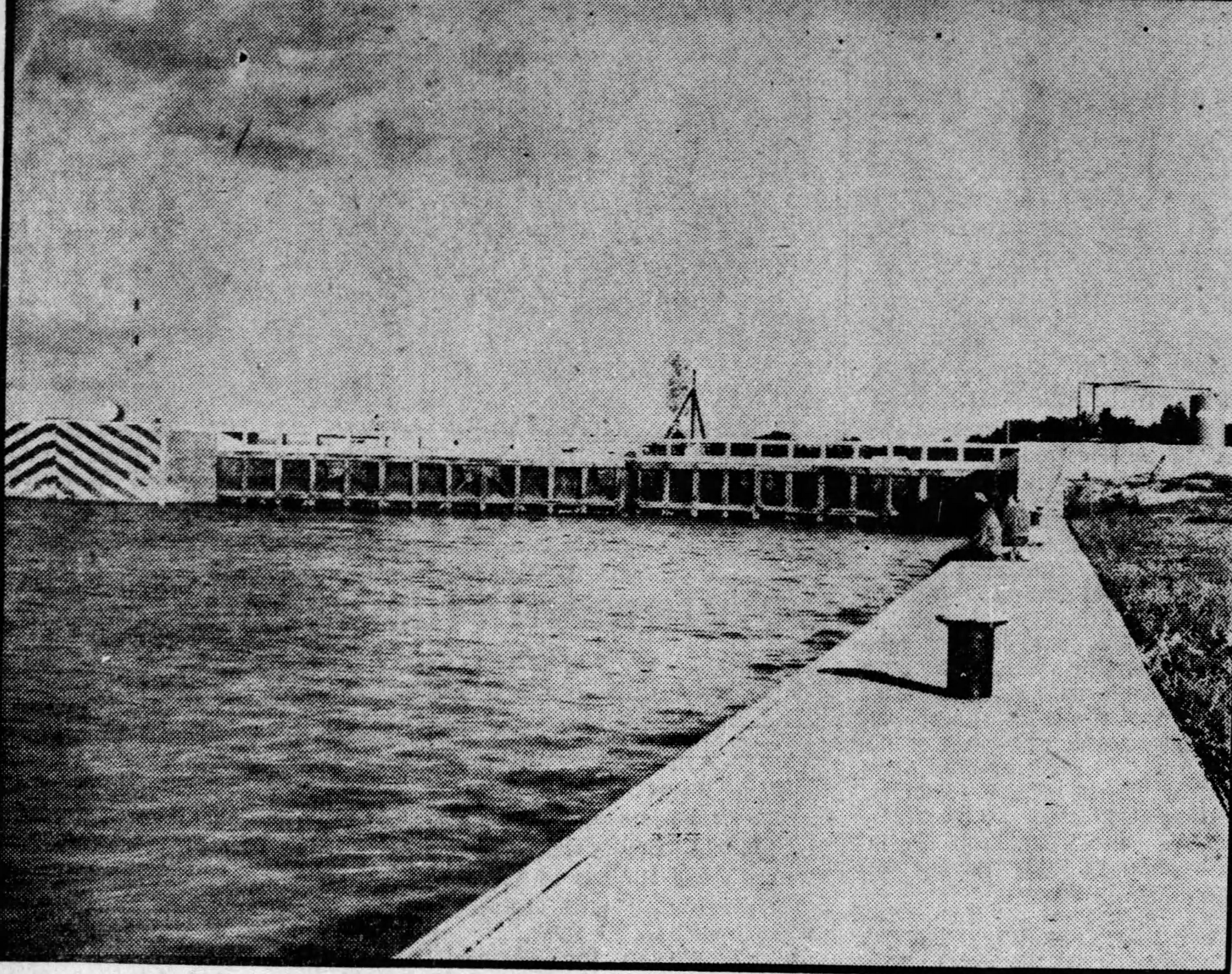 Closed gates at Lock & Dam 46, 1937
